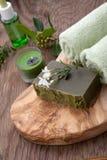 Jabón orgánico hecho a mano y aceite orgánico Foto de archivo libre de regalías
