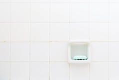 Jabón verde, cuarto de baño viejo fotografía de archivo