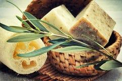 Jabón verde oliva natural Foto de archivo libre de regalías