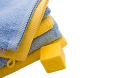 Jabón y toallas Imágenes de archivo libres de regalías
