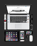 Jabłczany gadżet technologii mockup składać się z macbook, ipad, iphone Fotografia Royalty Free