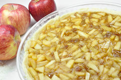 Jabłczany kulebiak, przygotowanie Obrazy Stock