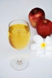 Jabłczany sok i jabłko Zdjęcia Royalty Free