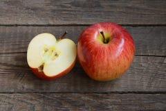 jabłczany tło ciący wyszczególniający owocowy fotografii biel Zdjęcie Royalty Free