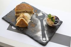 Jabłczany tort, jabłczany kulebiak, zdrowy śniadanie zdjęcia stock