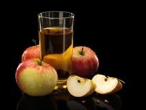 Jabłka i jabłczany sok Zdjęcia Stock