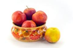 jabłka rozdają drewnianego Fotografia Royalty Free