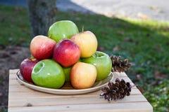 jabłka stwarzać ognisko domowe Obrazy Royalty Free