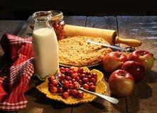 jabłko piec cranberries świeżo zdjęcia stock