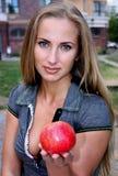 jabłczana czerwona kobieta Fotografia Royalty Free