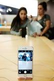 Jabłczany iPhone 7 Plus Zdjęcia Stock