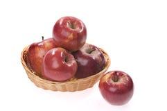 jabłczany koszykowy jedzenie Zdjęcie Stock