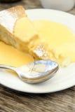 Jabłczany kulebiak i custard Zdjęcia Stock