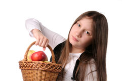 jabłek kosza dziewczyna Zdjęcia Royalty Free