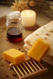 Jabón natural de la miel Fotografía de archivo
