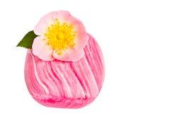 Jabón rosado con la flor Imágenes de archivo libres de regalías