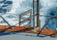 Jacht żegluje na morzu Obraz Royalty Free