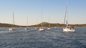 Jacht bez żagli Zdjęcia Stock