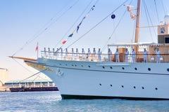 Jacht czeka królowej Dani Obrazy Stock