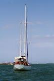 Jacht in de oceaan Royalty-vrije Stock Afbeelding