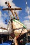 Jacht in droogdok Stock Fotografie