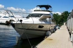 Jacht i łodzie cumujemy przy quay Obraz Royalty Free