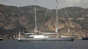 jacht mega ' s sail. Obrazy Stock