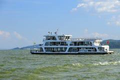 Jacht na Dali Dianchi jeziorze, chińczyka sławny krajobraz Zdjęcie Stock