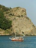 Jacht in overzees Royalty-vrije Stock Foto's