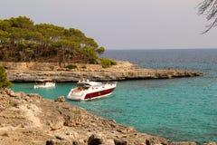 Jacht przy Mallorca parkiem Obrazy Royalty Free