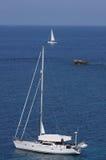 Jacht w morzu. Obrazy Stock
