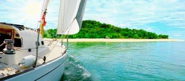 Jacht w otwartym morzu Obraz Stock