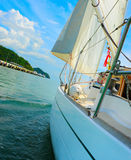 Jacht w otwartym morzu Obraz Royalty Free