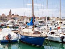 Jachten in de haven in Alghero royalty-vrije stock afbeelding