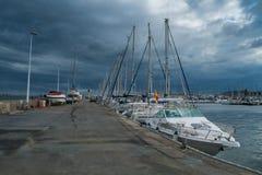 Jachten en Boten in de haven van Cartagena. Royalty-vrije Stock Afbeelding