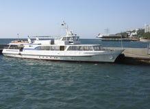 Jachten in haven, Yalta, de Krim, de Oekraïne stock foto's