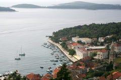 Jachthafen auf Insel von Hvar Stockfotografie