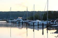 Jachthafen auf See Cayuga Lizenzfreies Stockbild