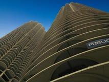 Jachthafen-Kontrolltürme in Chicago stockfoto