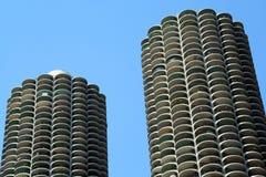 Jachthafen ragt Chicago hoch stockfotos