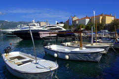 Jachthafen und alte Stadt Budva Lizenzfreies Stockfoto