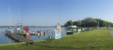 Jachthafen vom Palic See Stockbild
