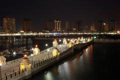 Jachthafen von Porto Arabien nachts. Doha stockbilder