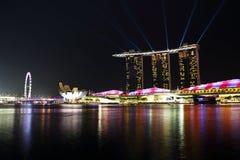 Jachthafenbuchtsande nachts Stockfotos