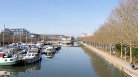 Jachthaven in Nacy, Frankrijk stock video