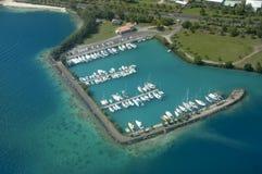 Jachthaven in Raiatea stock foto's