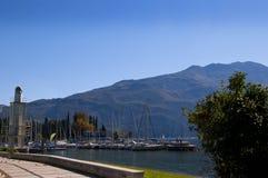Jachthaven in Riva Del Garda Italy royalty-vrije stock foto