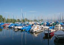 Jachthaven in Romanshorn in Zwitserland in het Meer van Konstanz Royalty-vrije Stock Afbeeldingen