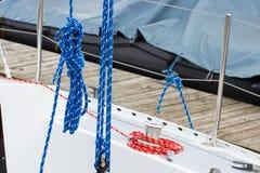 Jachting, kolorowa arkana na żaglówce, szczegóły jacht obrazy royalty free