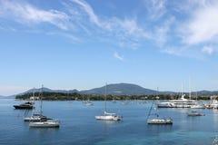 Jachtu i żaglówki Garitsa zatoki Corfu wyspa Zdjęcia Royalty Free